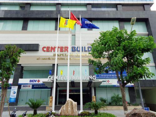 Center Building 01